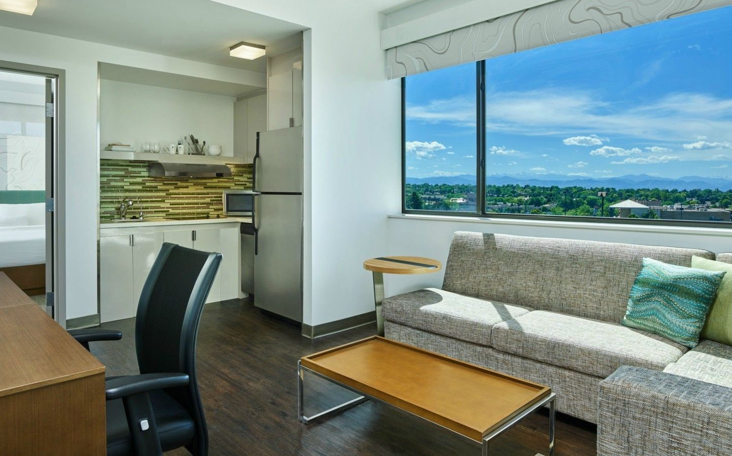 Denver Accommodations - Executive Guest Room | Element Denver Park ...